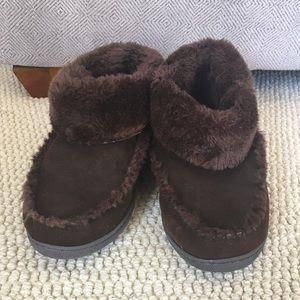 Minnetonka Cozy Fur Booties
